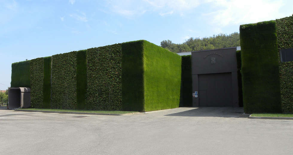 Large vertical gardens, Outdoor vertical garden for Michele Chiarlo Wine company Asti - photo 2.
