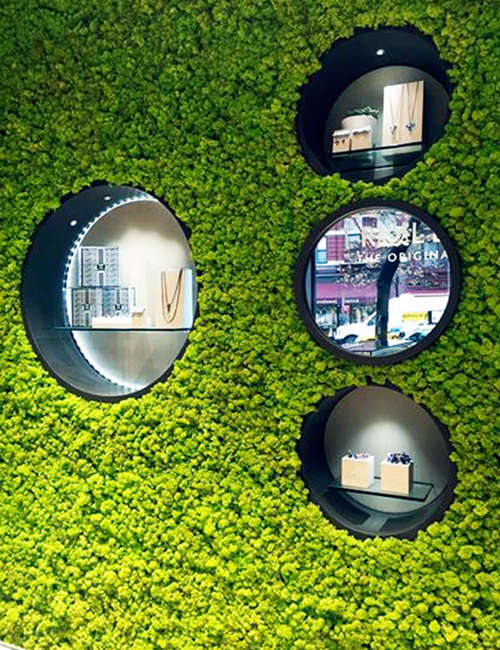 Green wall interior for Trollbeads USA stores - photo 2.