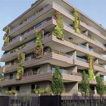 Green Wall - Living Park Vedano Apartments